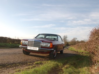 Mercedes benz w123 review ccfs uk for Pros and cons of owning a mercedes benz