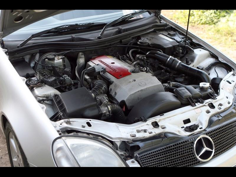 Mercedes_SLK_generation 2.jpg