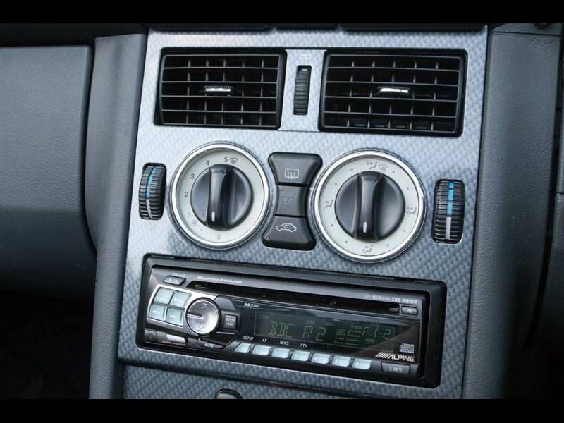 Mercedes_SLK_generation 6.jpg