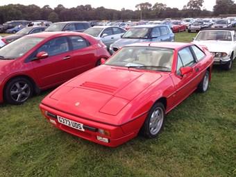 classic car reviews lotus excel ccfs uk