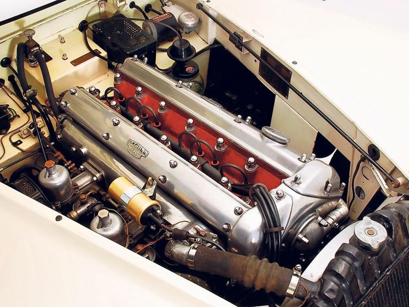Jaguar_XK140_2.jpeg