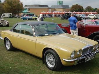 Classic Jaguar XJ6 Review