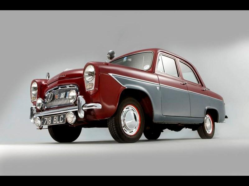 Ford_100E_4.jpg