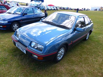 Classic Ford Sierra Review