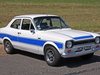 Ford Escort RS2000 Review