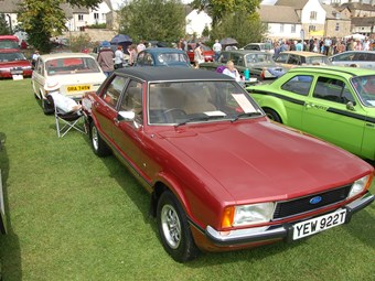 Classic Ford Cortina Review