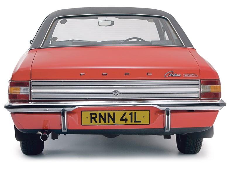 Ford_Cortina_Mk3_2.jpeg