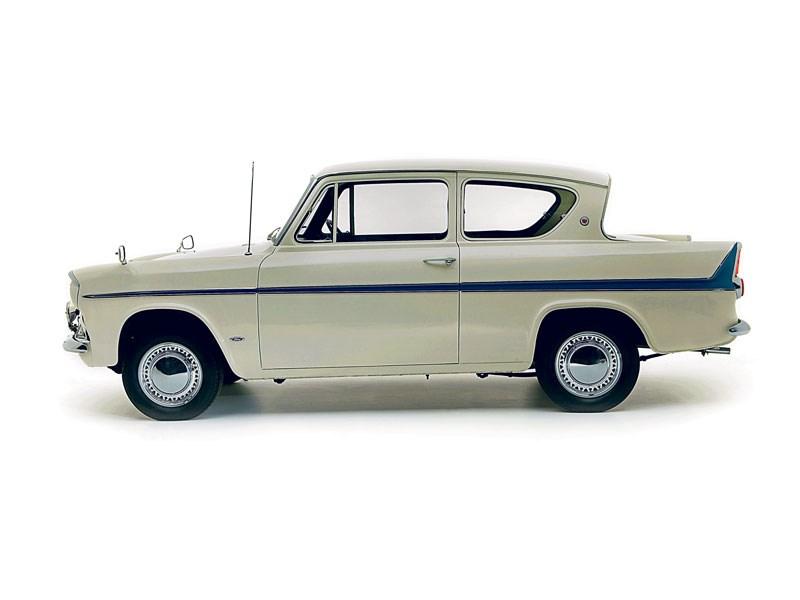 Ford_Anglia_105E_3.jpeg