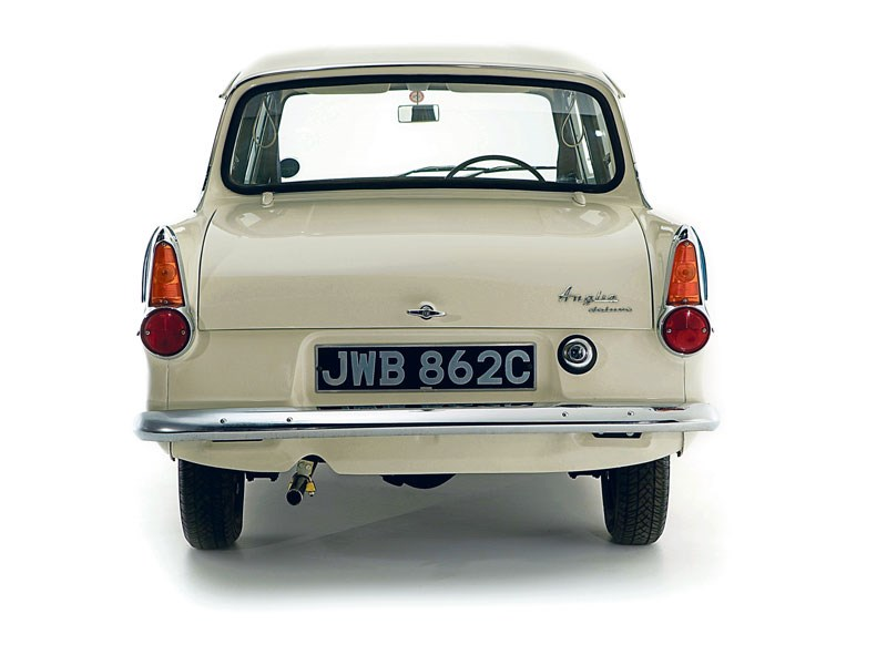 Ford_Anglia_105E_1.jpeg