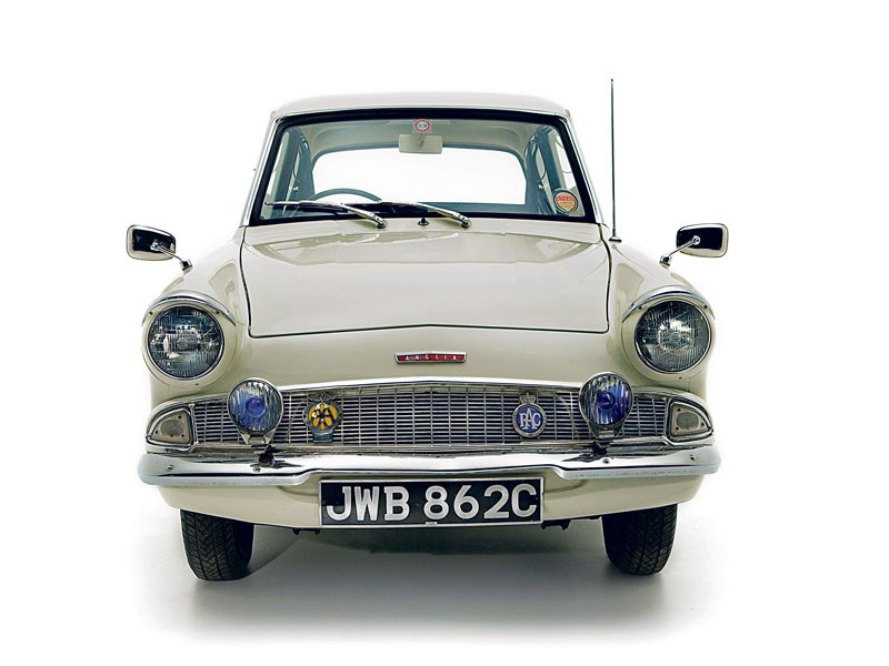 Ford_Anglia_105E_2.jpeg