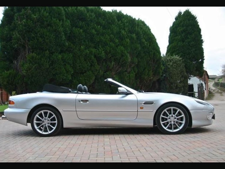 British Beef For Sunday Lunch The Aston Martin Db7 Classic Cars