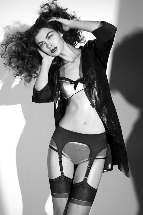 be02e99304 lingerieStory shot4 045rt.jpg