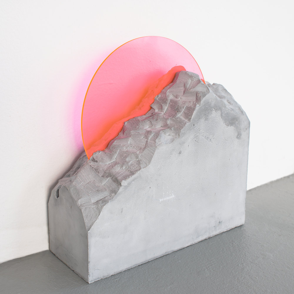 Devra Freelander, Mineral Analog (Pink / Charcoal), Fluorescent acrylic, plaster; 10 x 12 x 4 inches; 2016. Photo credit: Peter Nicholson