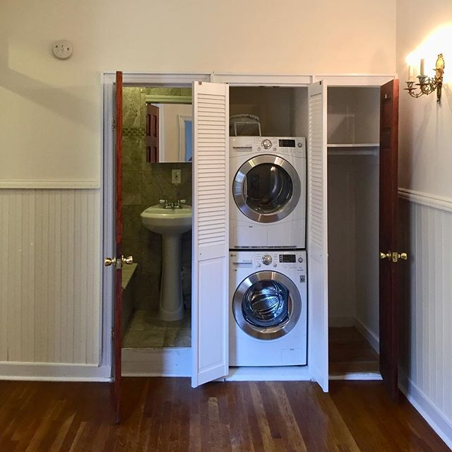 "Your gorgeous new SoHo ""real 2BR.  Washer/Dryer. Separate small eat-in kitchen.  New appliances.  Marble bathroom. High ceilings.  Wainscoting.  Six windows. One block from A, C and 1 trains. And no fees of any kind whatsoever. #westvillage #greenwichvillage #chelsea #soho #eastvillage #thompsonstreet #sixthavenue #broomestreet #springstreet"