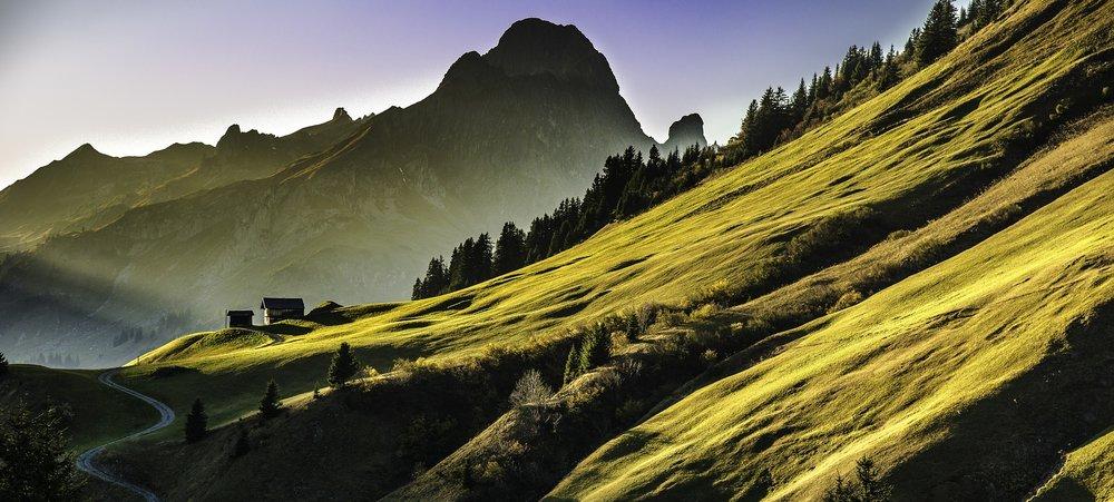 landscape-640617_1920.jpg