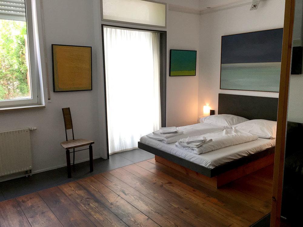 Bedroom and outdoor terrace