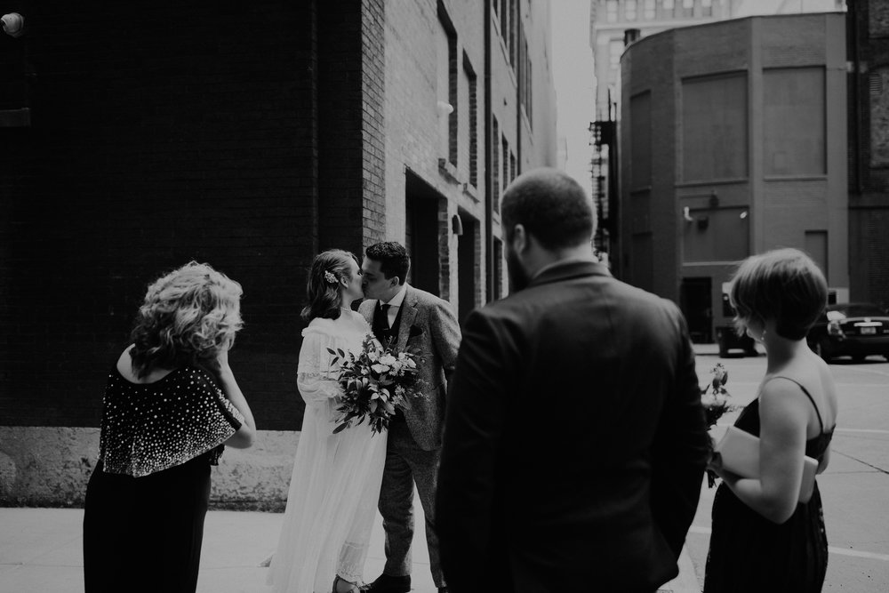 Jaymee_Jake_Vintage_Wedding_Cincinnati-EDIT-27.JPG
