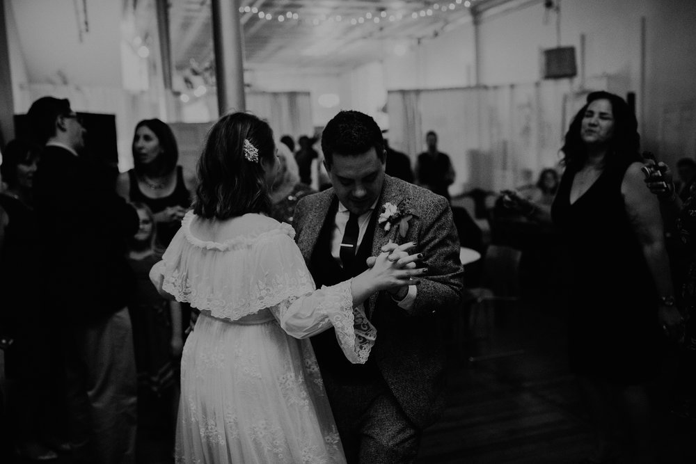Jaymee_Jake_Vintage_Wedding_Cincinnati-EDIT-596.JPG