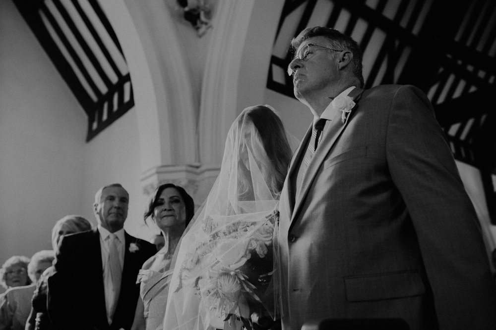 Mariemont_Chapel_Cincinnati_Wedding_Hannah_Nick-EDIT-329.JPG