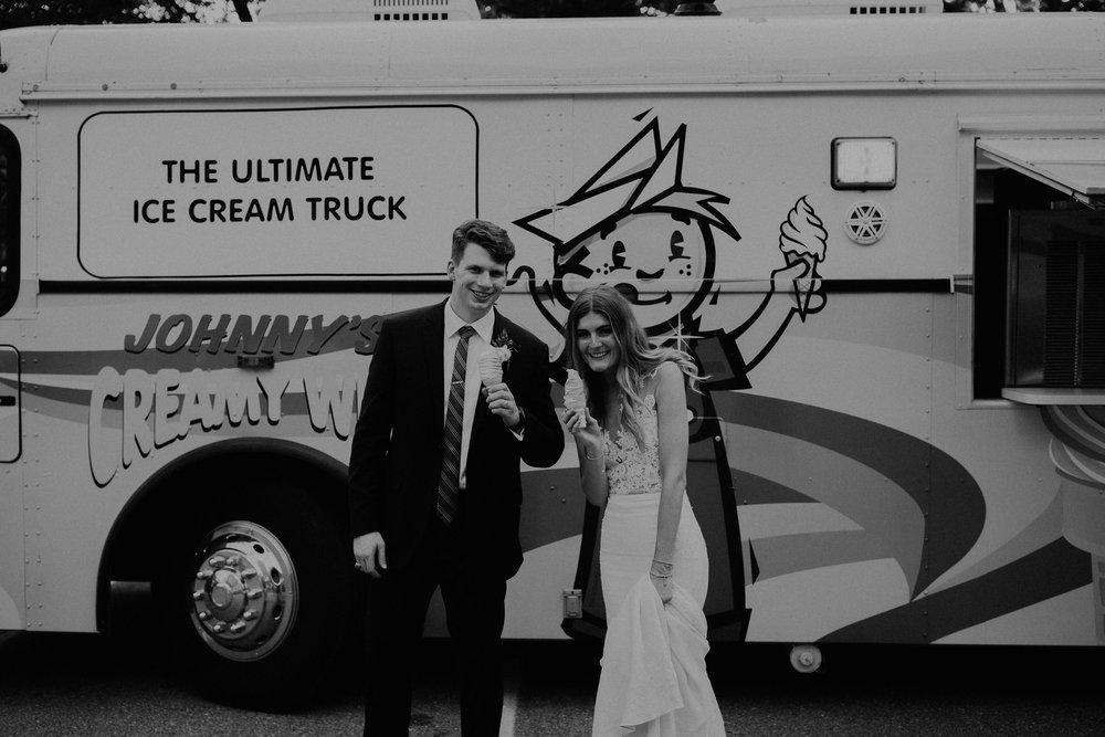 Mariemont_Chapel_Cincinnati_Wedding_Hannah_Nick-EDIT-668.JPG