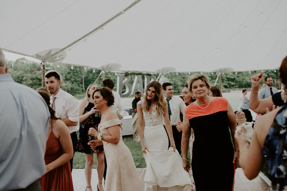 Mariemont_Chapel_Cincinnati_Wedding_Hannah_Nick-EDIT-769.JPG