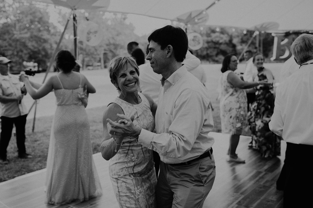 Mariemont_Chapel_Cincinnati_Wedding_Hannah_Nick-EDIT-792.JPG