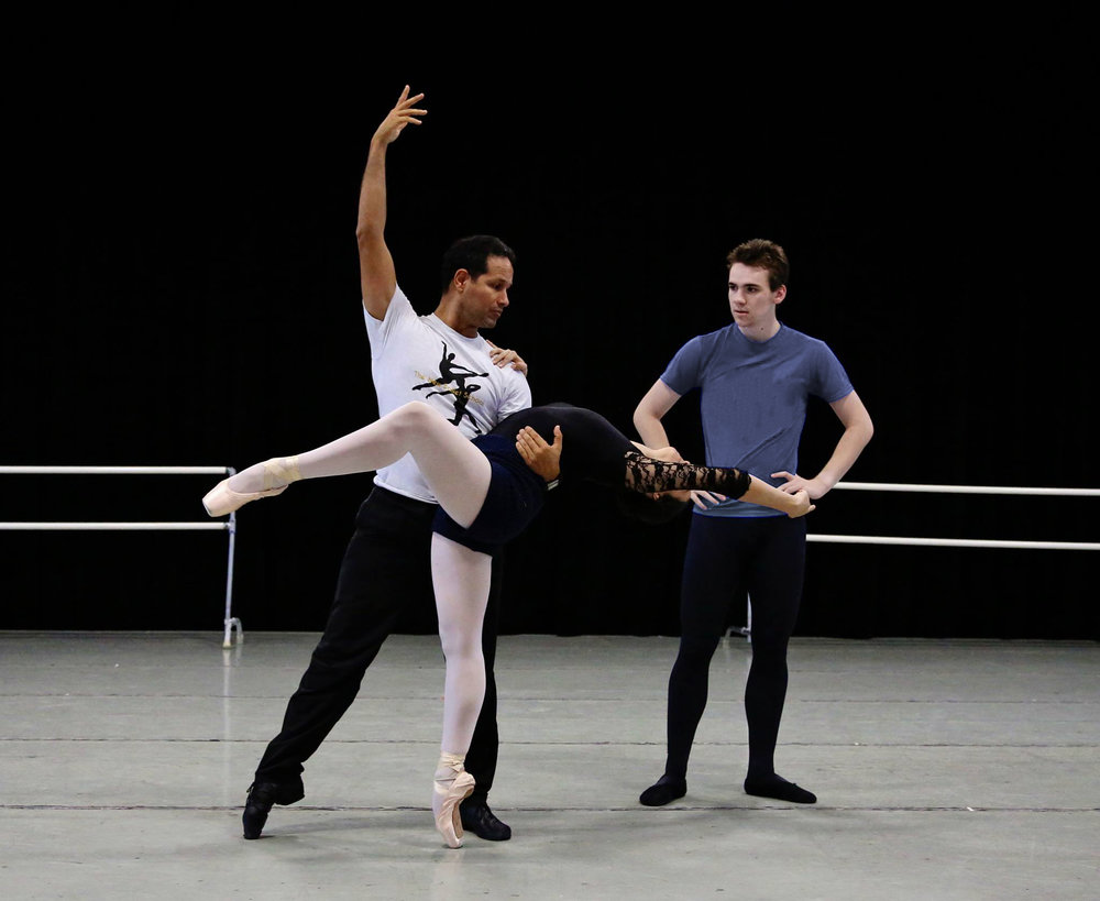 Photo of José Manuel Carreño coaching Summer Intensive Students by Bari Lee Photography