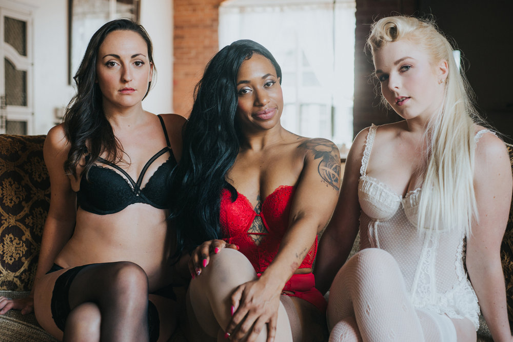 39e664368c4 What to wear for your boudoir session — Scandaleuse Photography ...