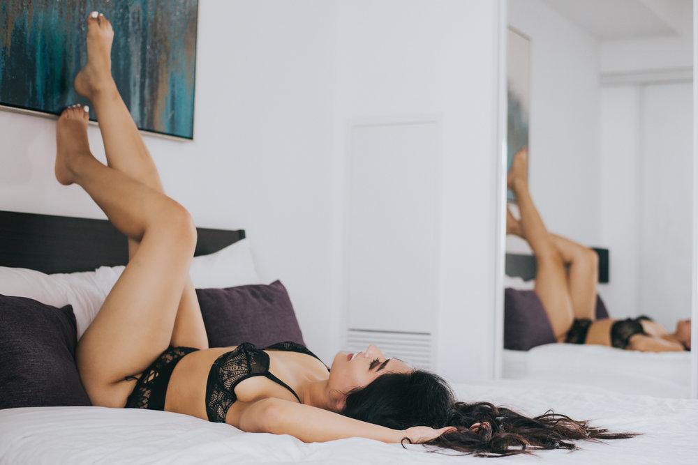 scandaleuse-photography-toronto-boudoir-V.jpg