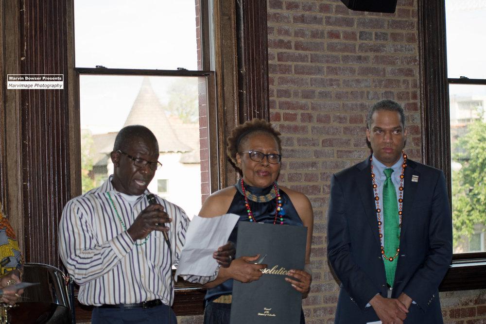 MACCCA Chair, Michael Yates presenting the Mayor's Proclaimation