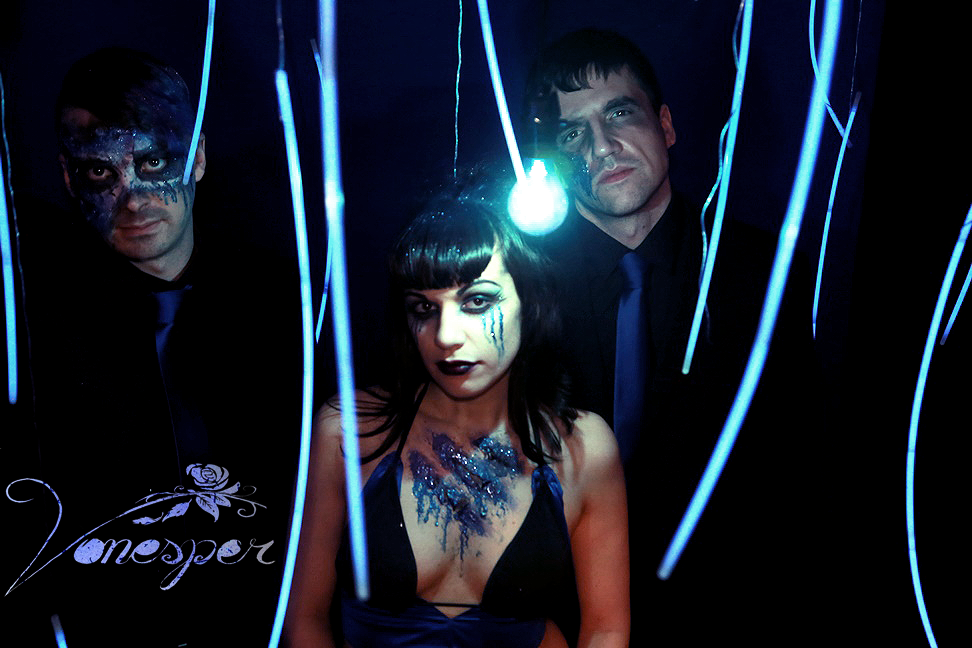 Photo: Gerardo Vitale. Make-up and Edit: Jess-O-Lantern. Taken at Vonesper Studios.