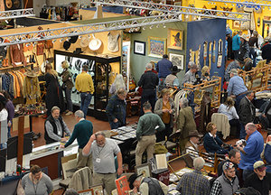 High-Noon-Show-Shoppers-400x288.jpg