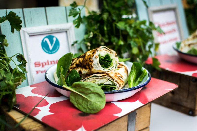 foodiesfeed-com_healthy-vegetarian-wrap-with-spinach-e1453690870841.jpg