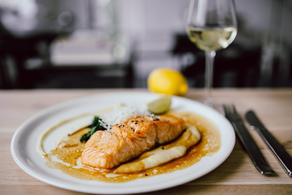 foodiesfeed.com_bourbon-glazed-salmon-close-up.jpg