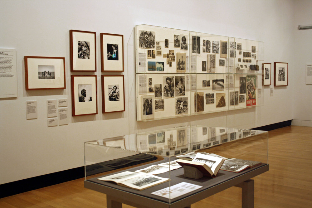 'Icon and Archive: Photography and the World Wars' Travelling exhibition       Jul. - Aug. 2011