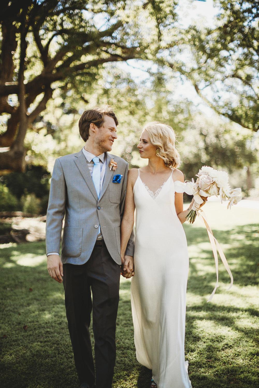 chloe + tom - Elegant Traditional Wedding