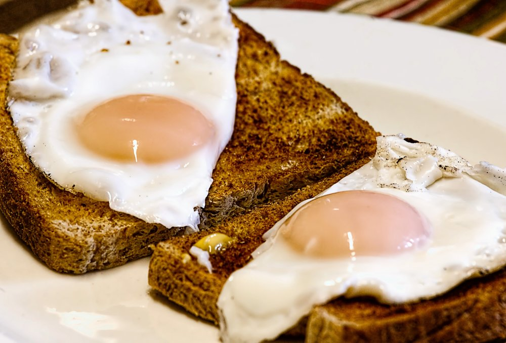 breakfast-cholesterol-egg-50600.jpg