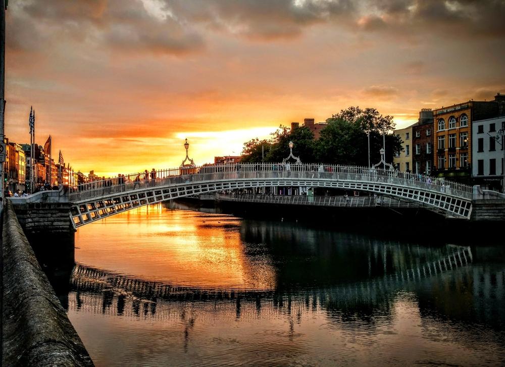 IR Hapenny Bridge Dublin IRE.jpg