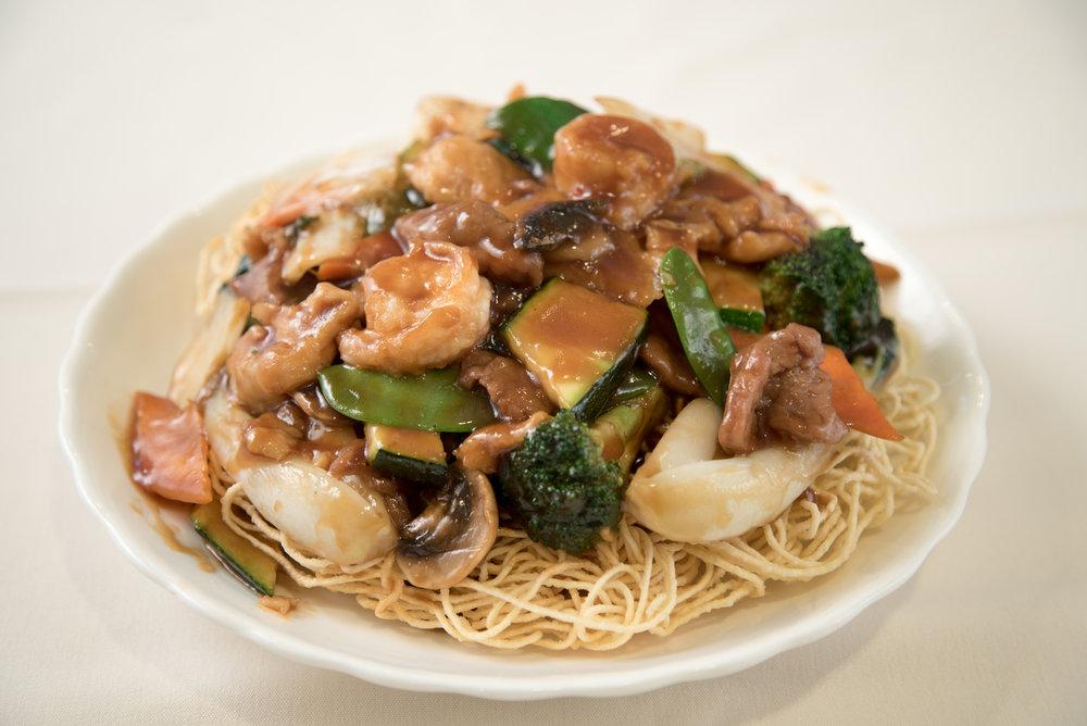 Hong Kong Style Crispy Noodles