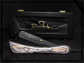 RUSTICO EDITION - Diamonds Edge Rustico edition is the perfect addition to your collection.   This swing lock straight razor is a great choice to those that like a little heavier handle for precision and control for a sharp edge.  It has the touch of elegance you want to add to your station