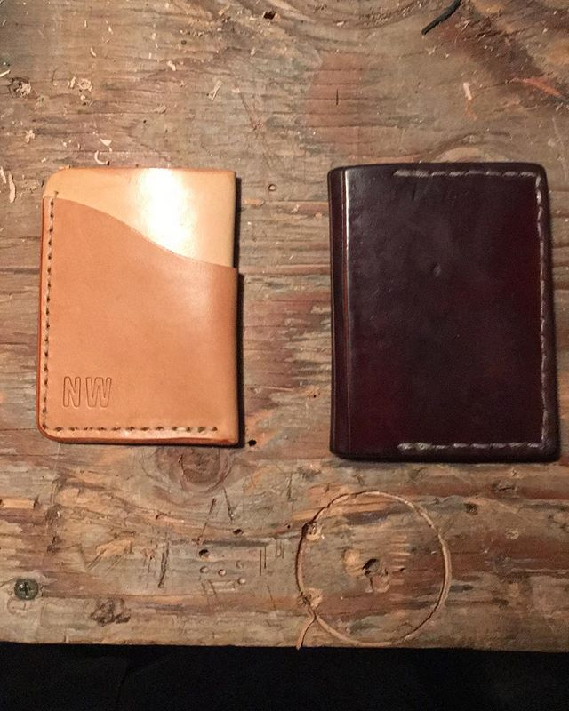 New year, new wallet. Testing out a slim cart style wallet. 6+ years of use on the right one. #vegtan #handmade #leathercrafts #patina