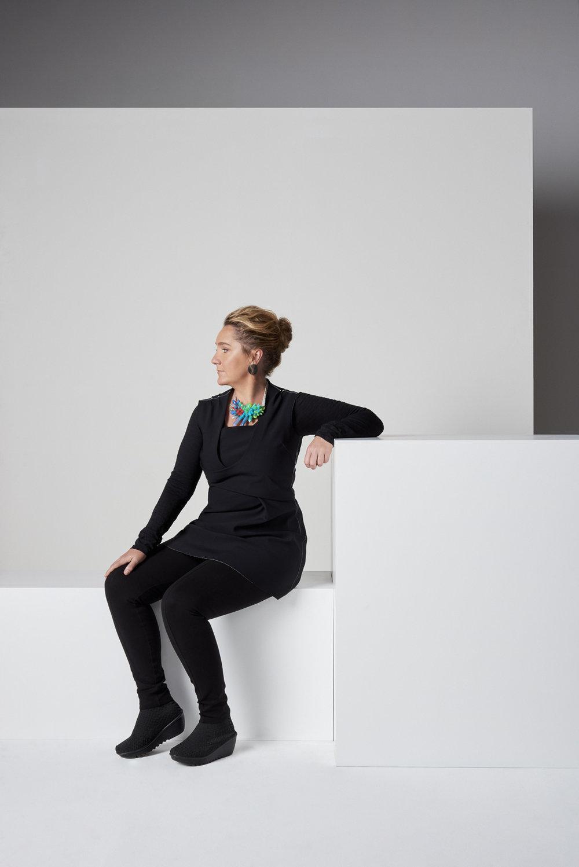 Lisa Slade photographed by Sven Kovak