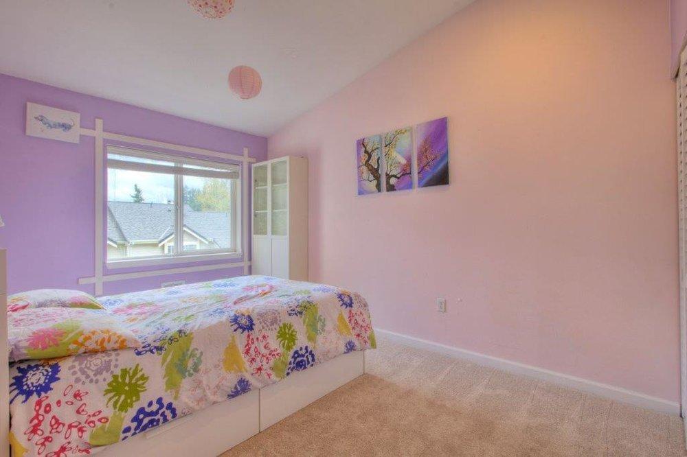 bedroom 3-a.jpg