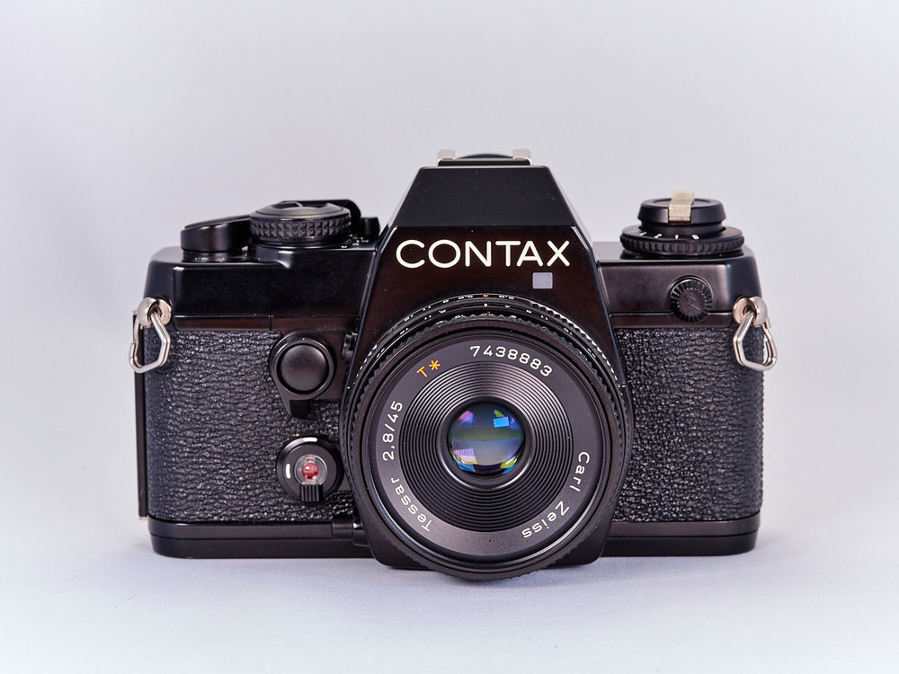 Contax 139Q with Zeiss Tessar 45mm f/2.8 lens.
