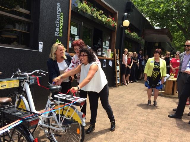 Lord Mayor, Monica (BYKKO), and Cass (Rethink) Checking out the bikes