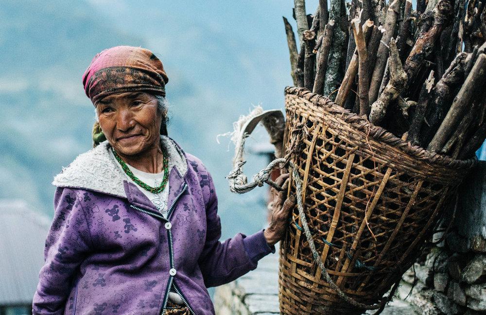 RENAE SAXBY - NEPAL - BASKET LADY.jpg