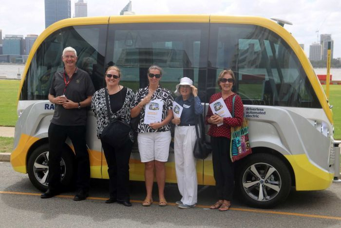 PHOTO:  Over 2,000 people have ridden WA's autonomous RAC Intellibus shuttle. (ABC News: Eliza Borrello)