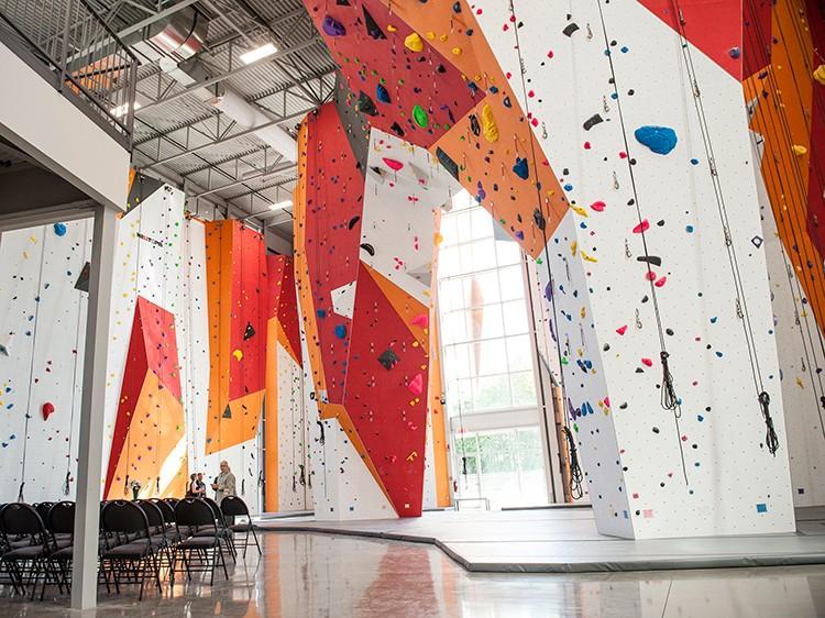 Canyon Escalade - A newly opened climbing facility in Quebec, Canada.