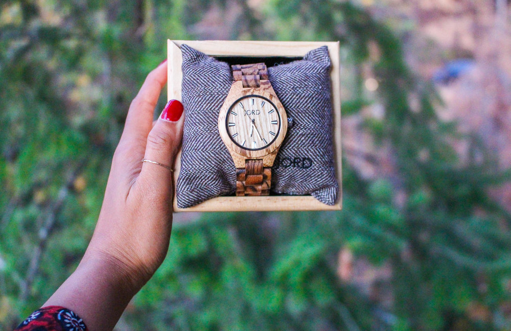 JORD WOOD WATCH GIVEAWAY - FIELDCREST SERIES IN ZEBRAWOOD AND MAPLE