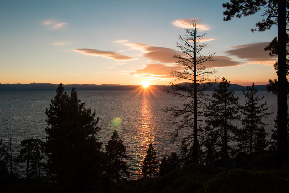 SUMMER TRAVEL GUIDE TO SOUTH LAKE TAHOE SUNSET